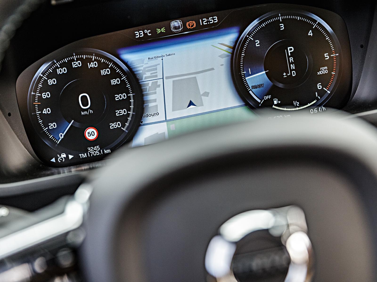 Volvo tem painel digital
