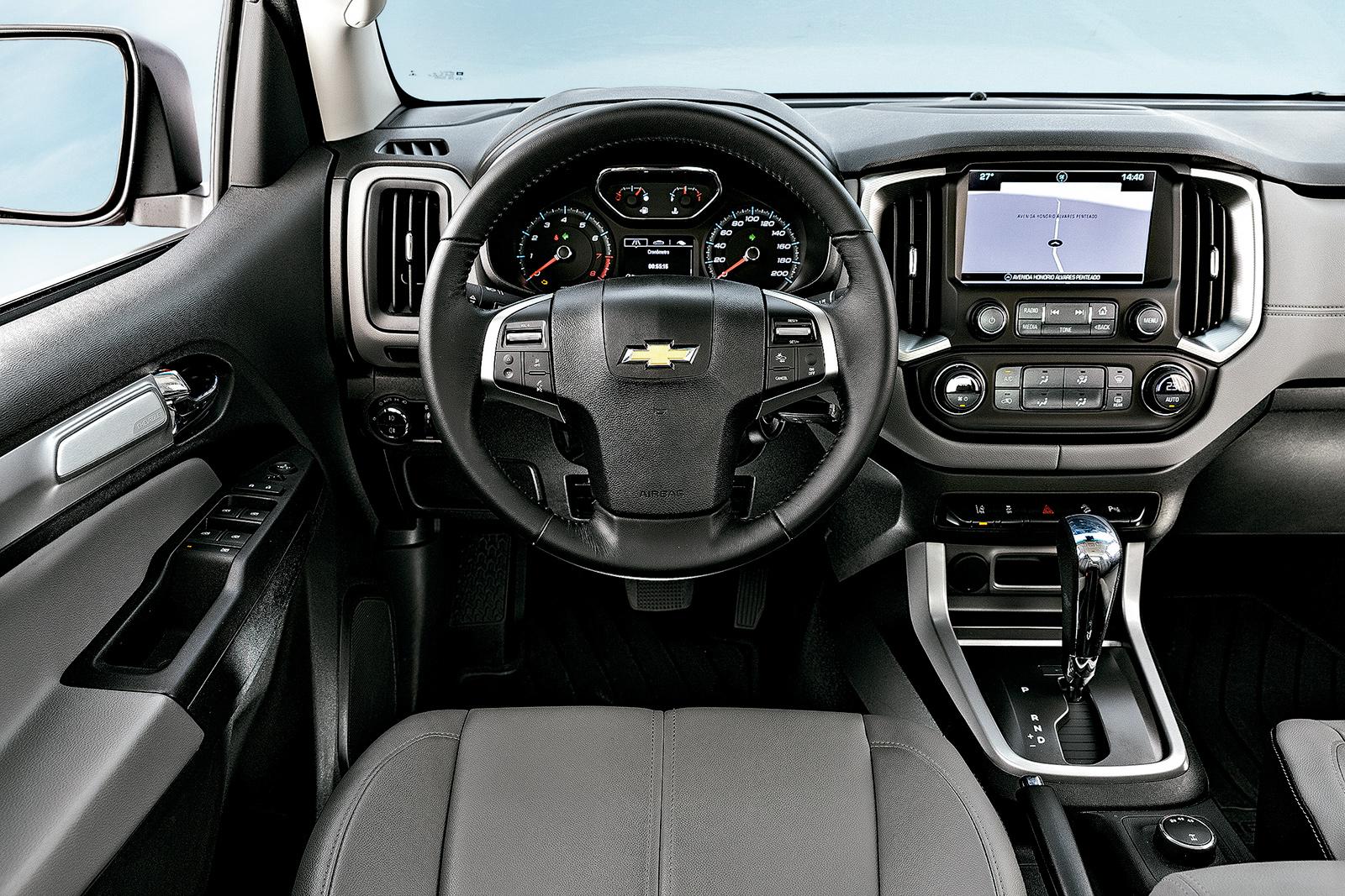 O interior da S10 foi repaginado em 2016