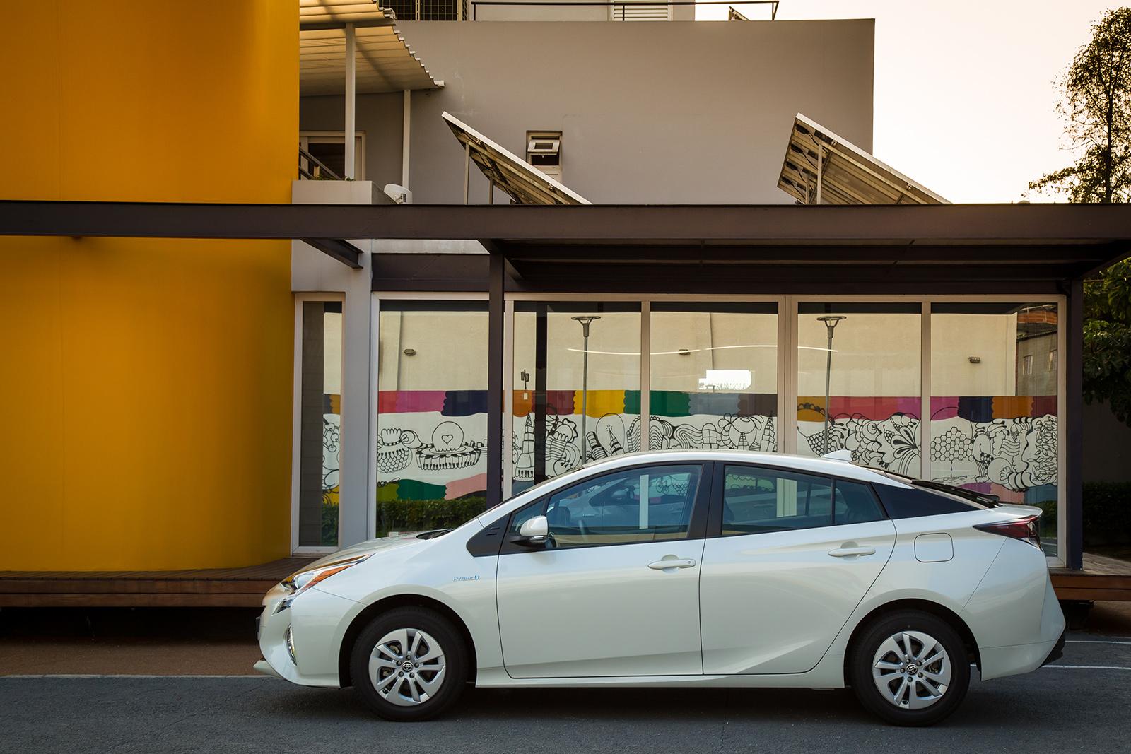 Prius custa R$ 126.600 no Brasil