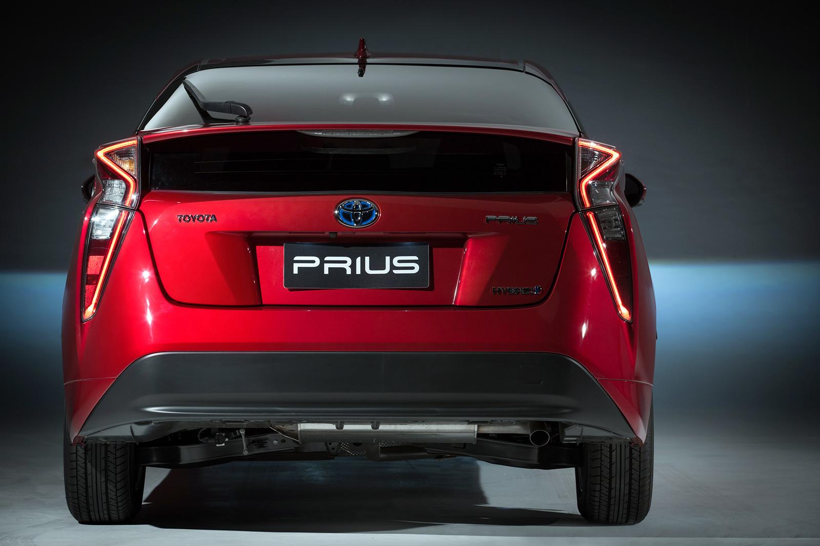 Lanternas do Prius tem desenho ousado