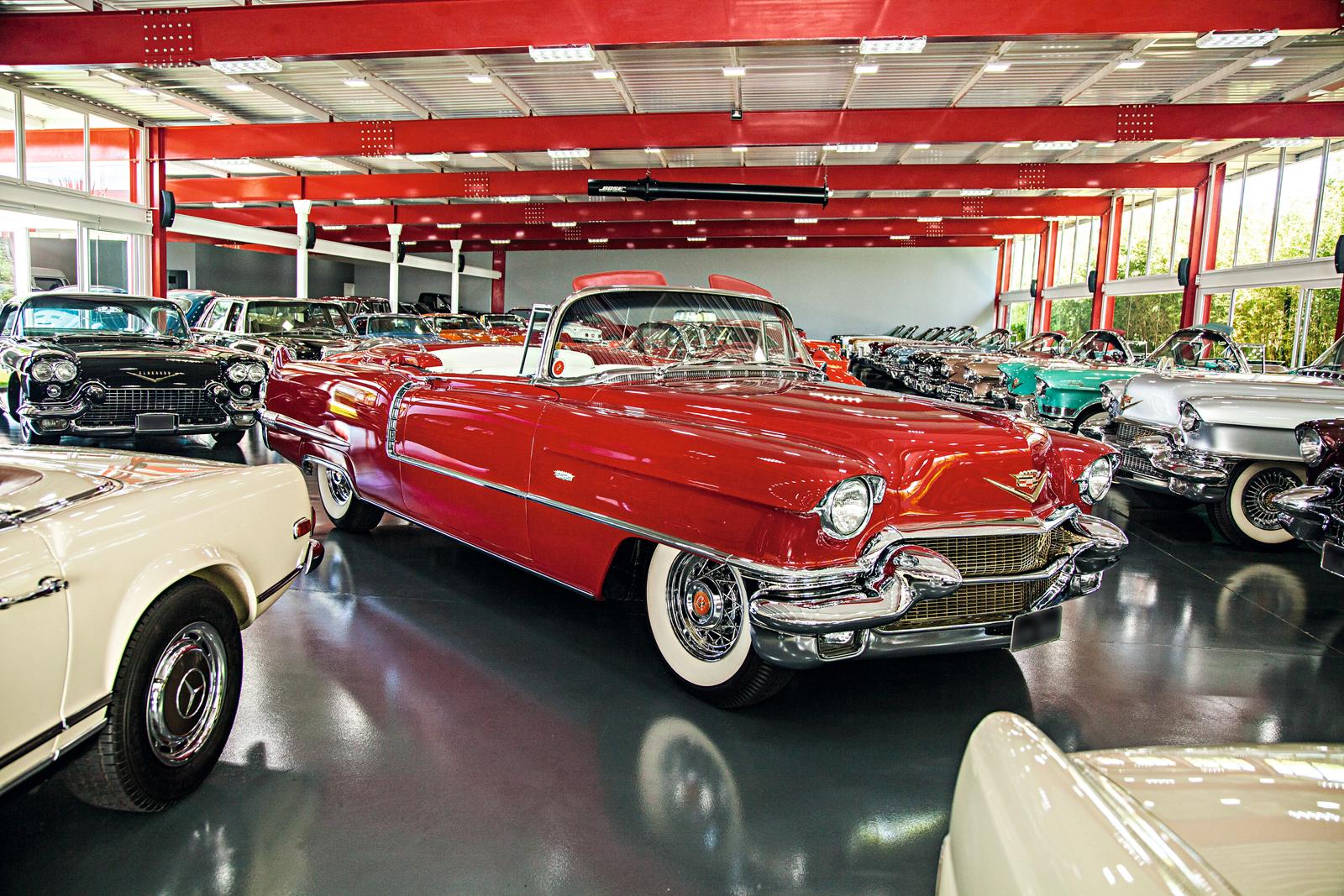 O Cadillac Eldorado 1956 é uma das estrelas da coleção de clássicos