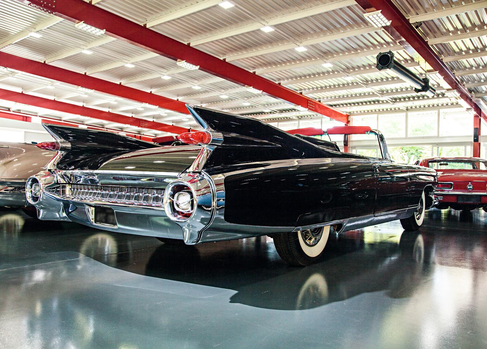 Cadillac Eldorado 1959: igual ao carro que sempre aparecia nas fotos de Elvis Presley