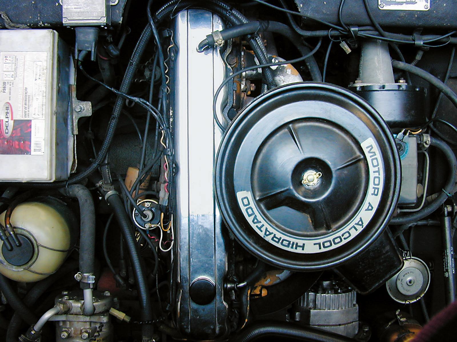 Motor a álcool do SM 4.1, esportivo da Santa Matilde, modelo 1978