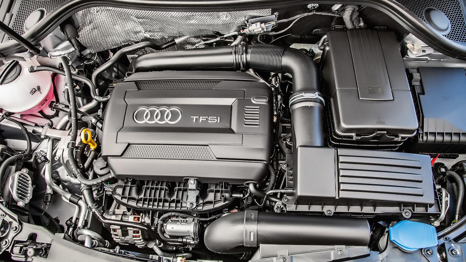 Motor de 220 cv e câmbio de sete marchas são os mesmos do Golf GTI