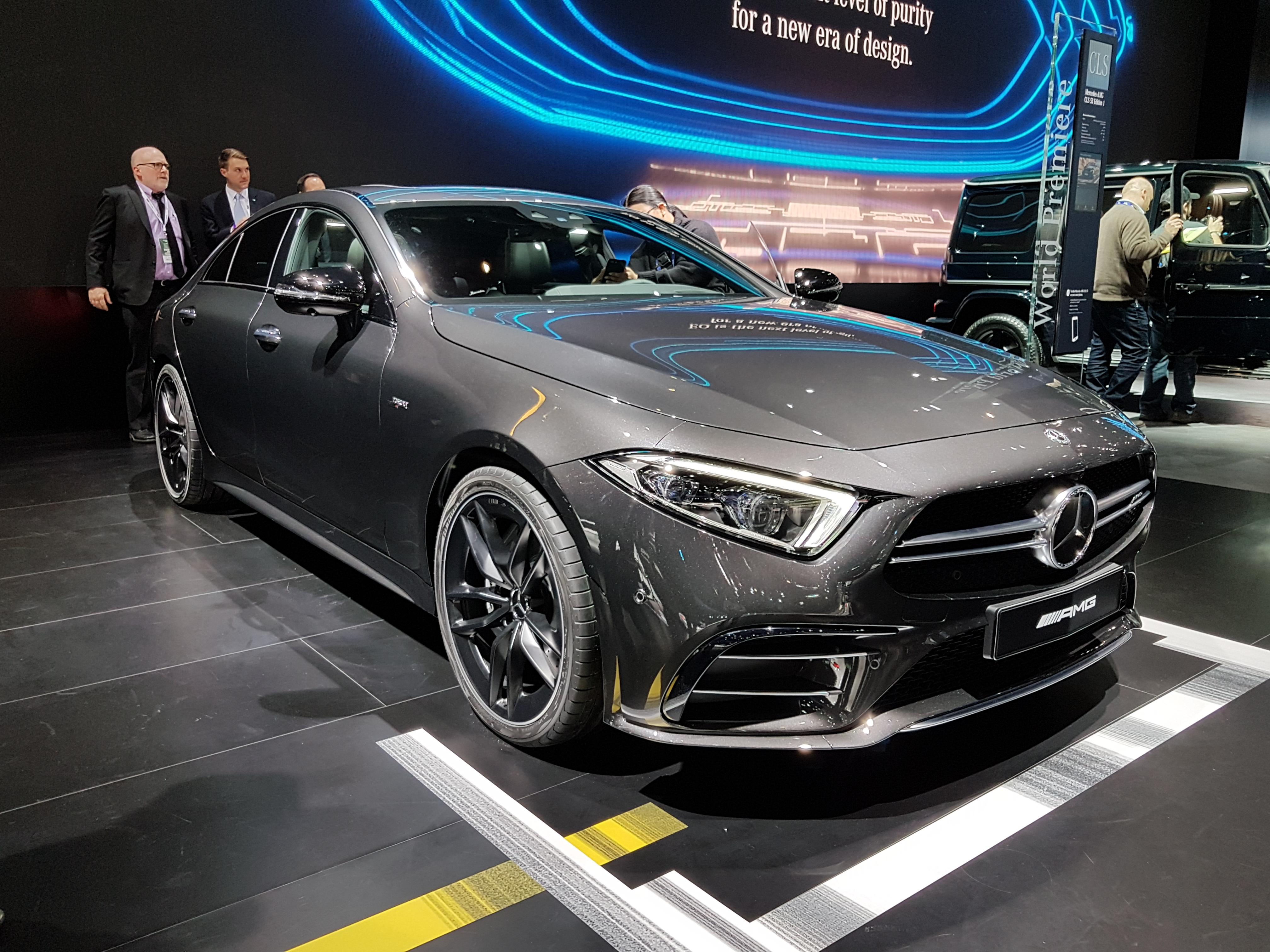 CLS 53, primeiro Mercedes-AMG híbrido da história em exibição no Salão de Detroit