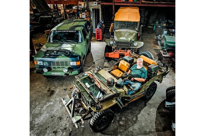 Mecânico especialista em veículos militares