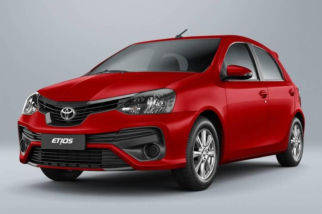 Toyota Etios investe em segurança e sofisticação   Quatro Rodas