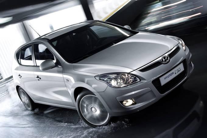 Hyundai-i30-2008-1600-01