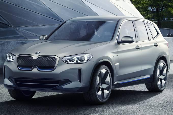 BMW iX3 Ambientada