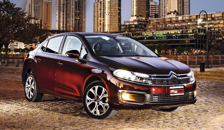 Corolla  Civic  Jetta E Mais  As Diferen U00e7as De Motor  Dimens U00f5es E Consumo