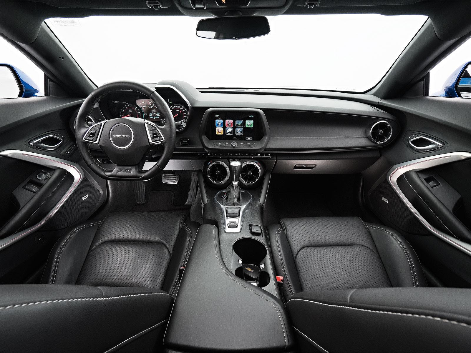 Mustang x Camaro