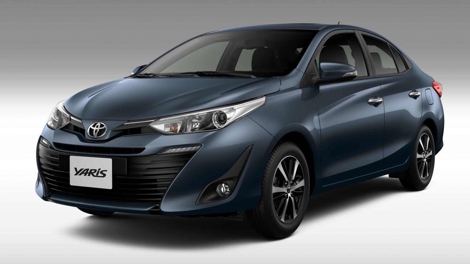 Toyota Yaris Sedã