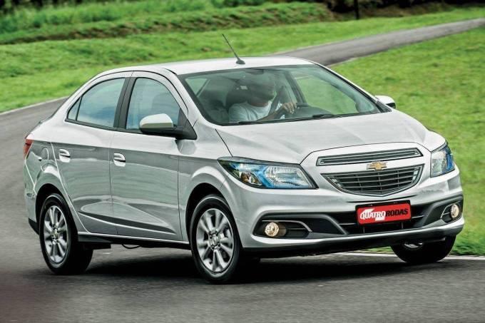 Prisma-LTZ-1.4,-modelo-2013-da-Chevrolet,-testado-pela-revista-Quatro-Rodas.