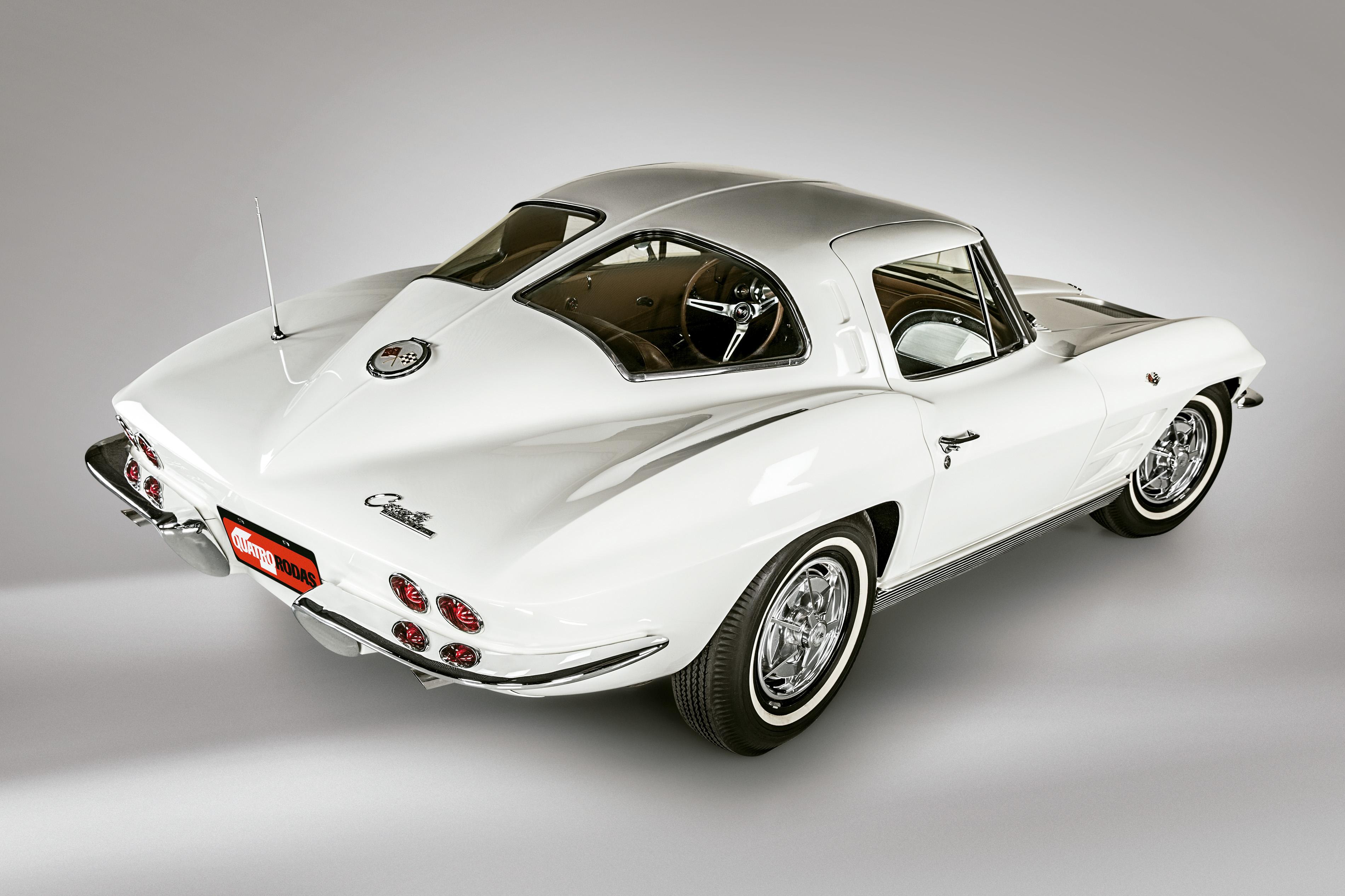 O Stingray 1963 foi o primeiro Corvette fechado