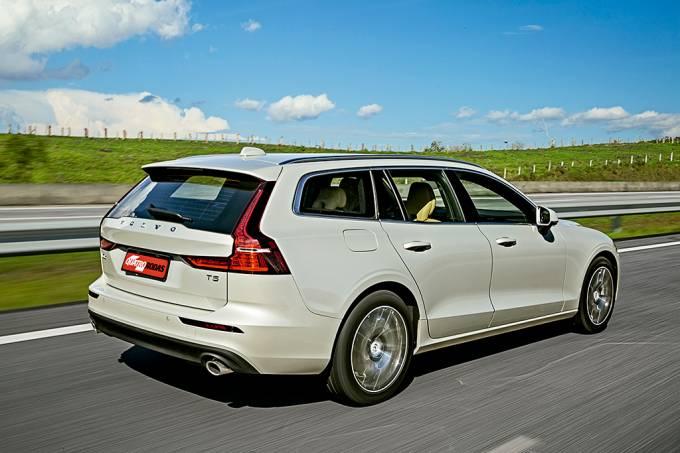 Volvo V60 T5 Momentum