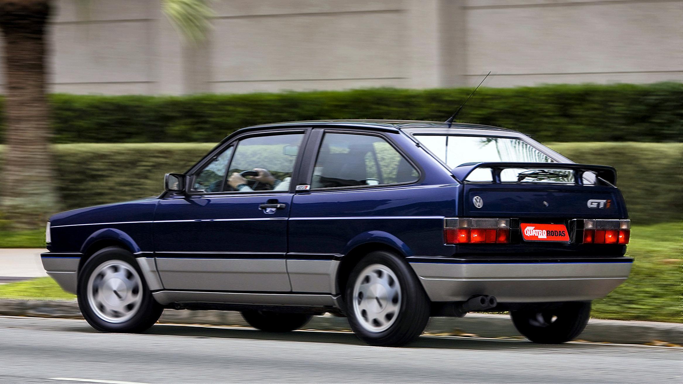 A cor azul Mônaco era exclusiva do hatch esportivo
