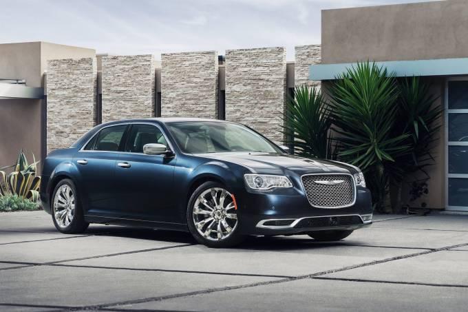 Chrysler-300-2015-1600-08