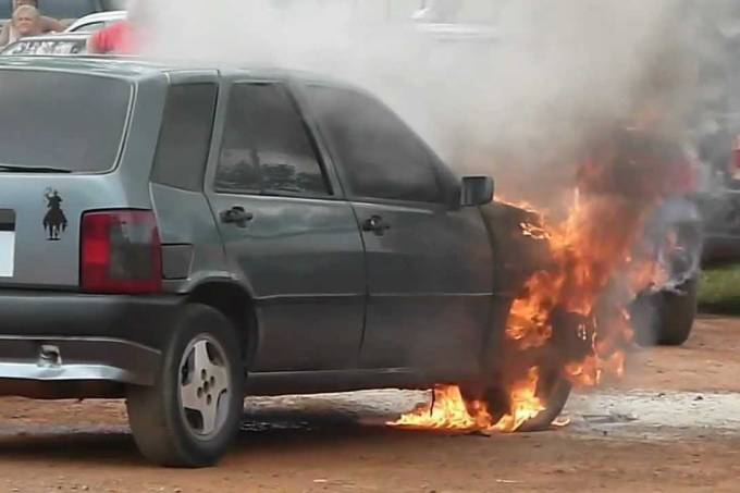 Fiat Tipo incêndio