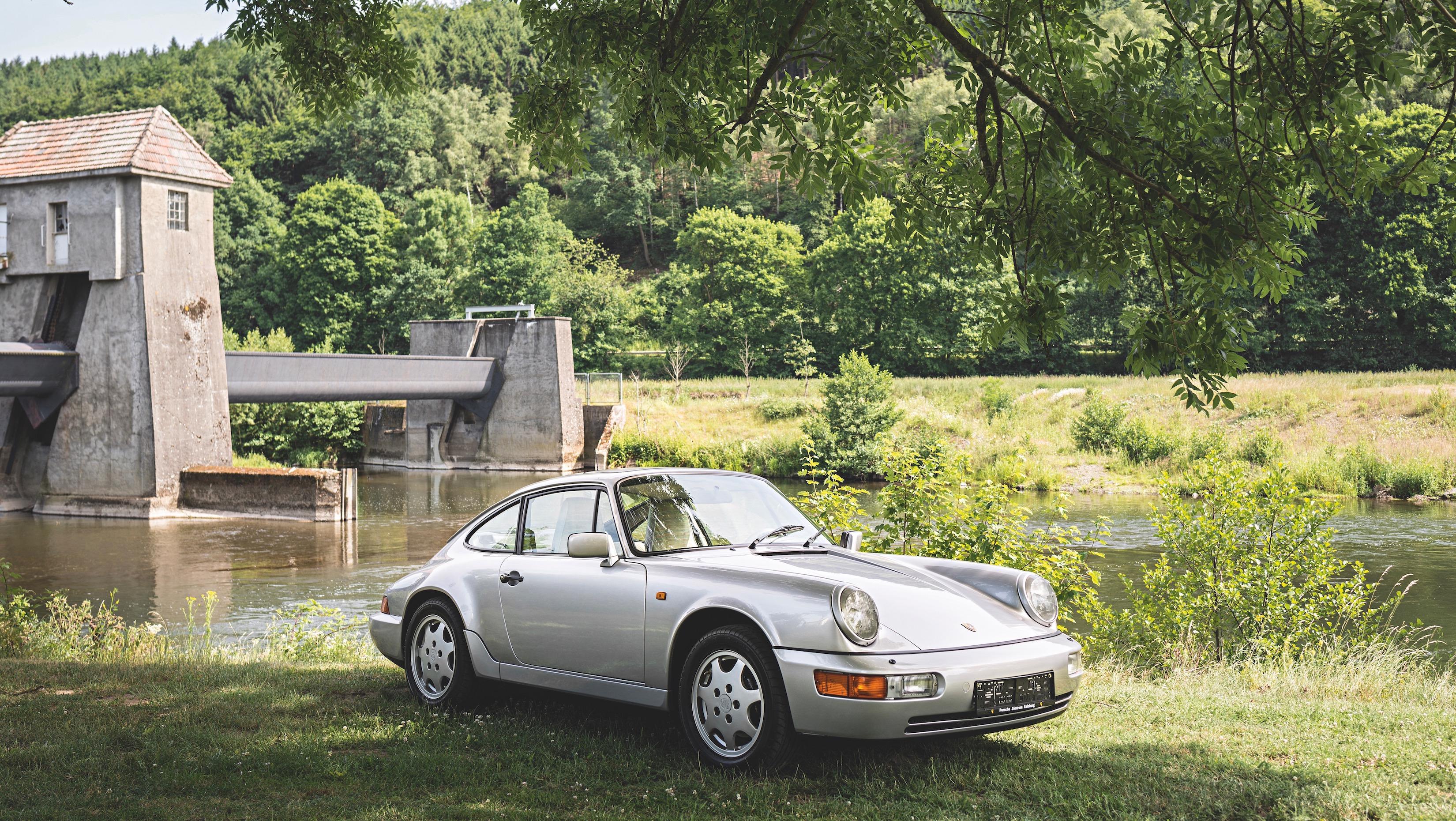 O Porsche 911 Carrera 4 1989 que foi usado por Louise Piëch