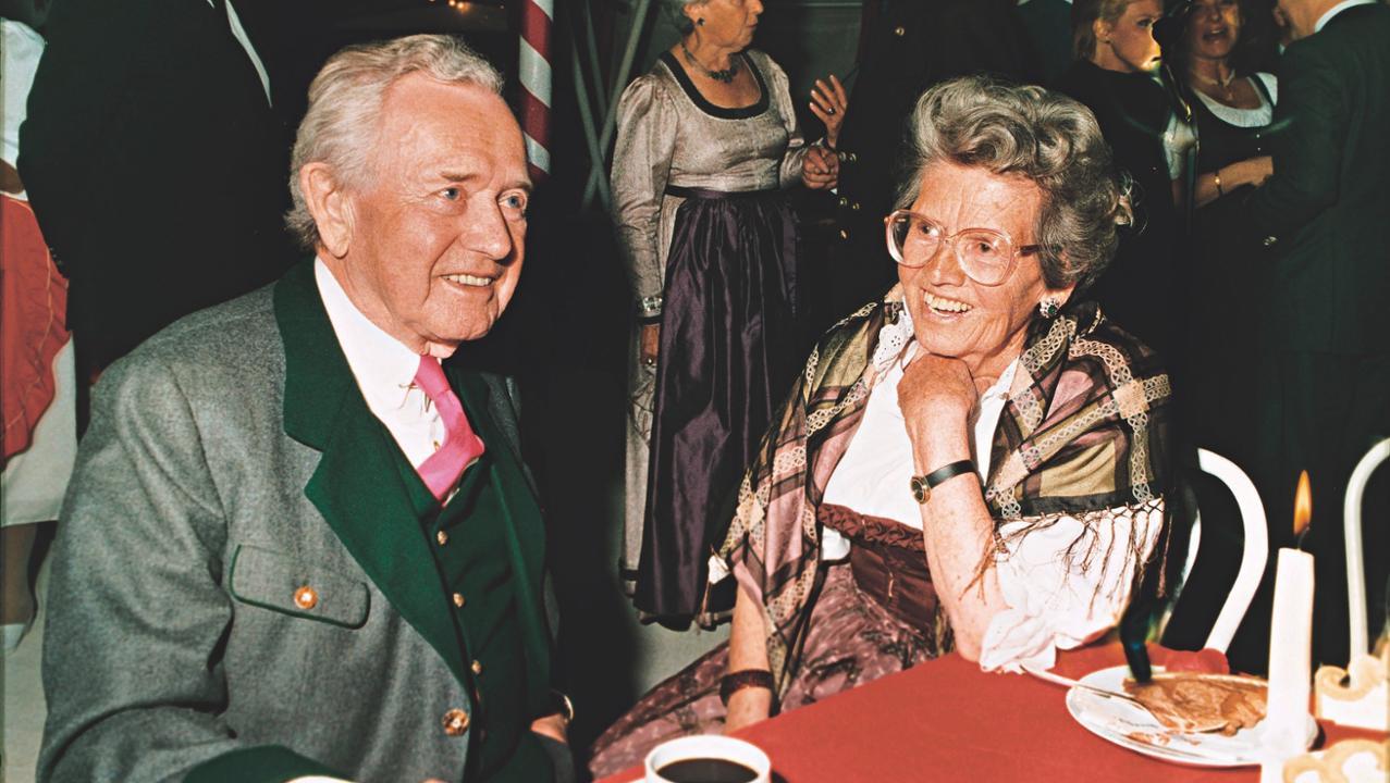 Louise Piëch e seu irmão Ferry Porsche em 1987