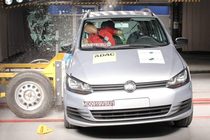 Volkswagen SpaceFox Crash Test Latin NCAP