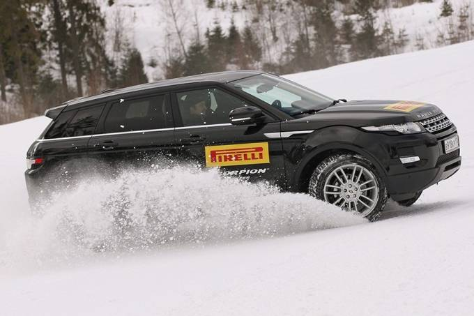 Pneu Pirelli Neve Land Rover Evoque