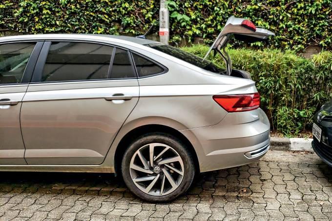 Longa VW Virtus porta malas 2