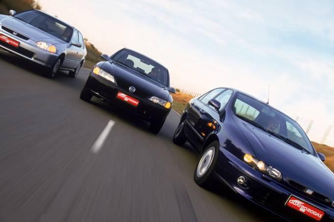 Teste comparativo entre o Fiat Marea ELX, Vectra GLS e Honda Civic LX.