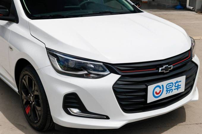 Chevrolet Onix Sedan China 6