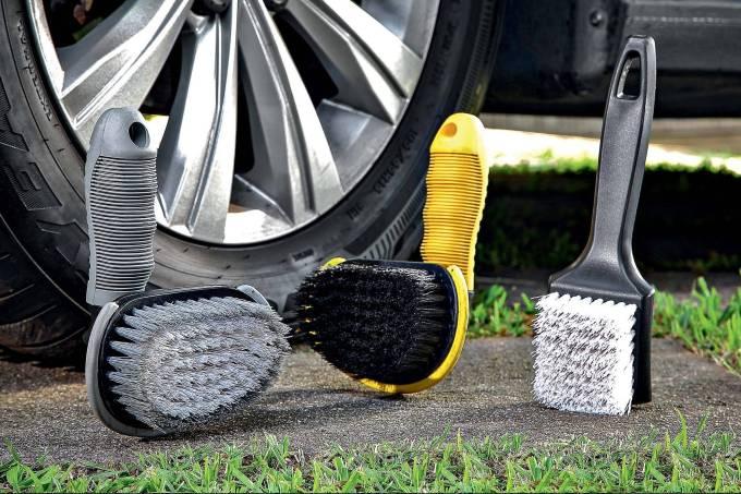 Escovas para lavagem de pneu Cadillac, Vonder e Autoamerica.