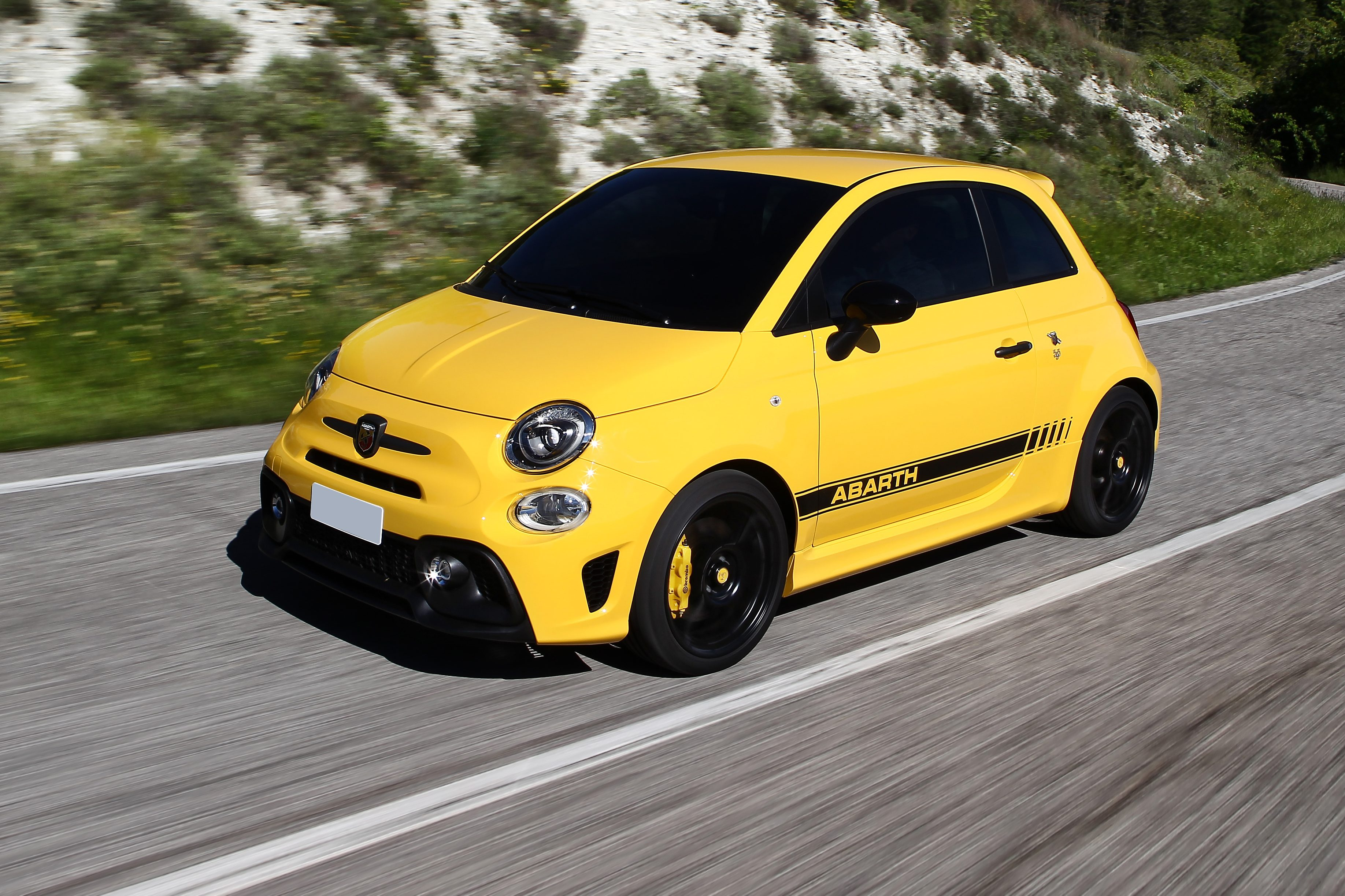 Depois de voar baixo nas pistas, a Abarth se tornou um segmento esportivo da Fiat