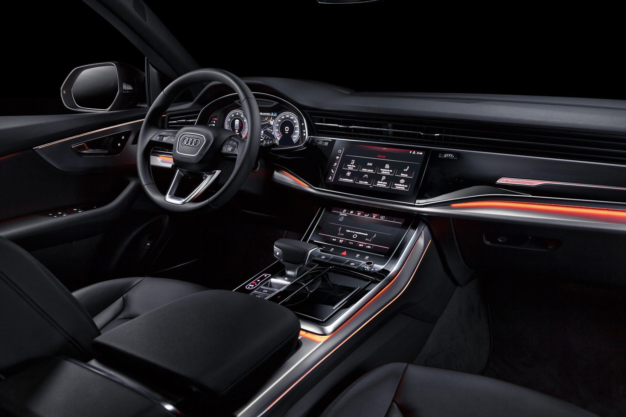 Audi Q8 Chega Ao Brasil Cobrando Um Renault Kwid Pelo Sistema De Som Quatro Rodas