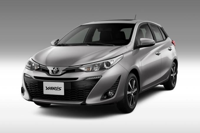 Toyota_Yaris_2020_1