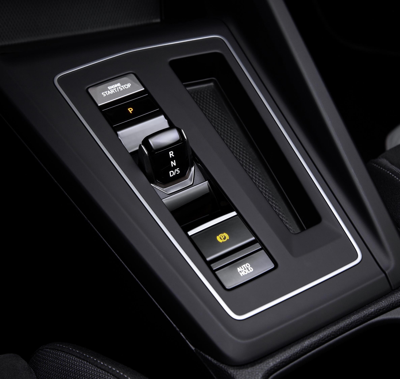 O novo Golf é um dos modelos que trocou a posição P da alavanca por um botão