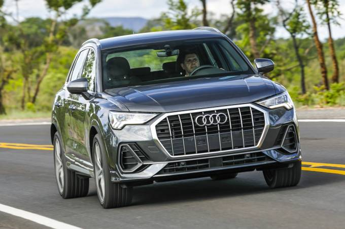 Audi Q3 2020 (4)