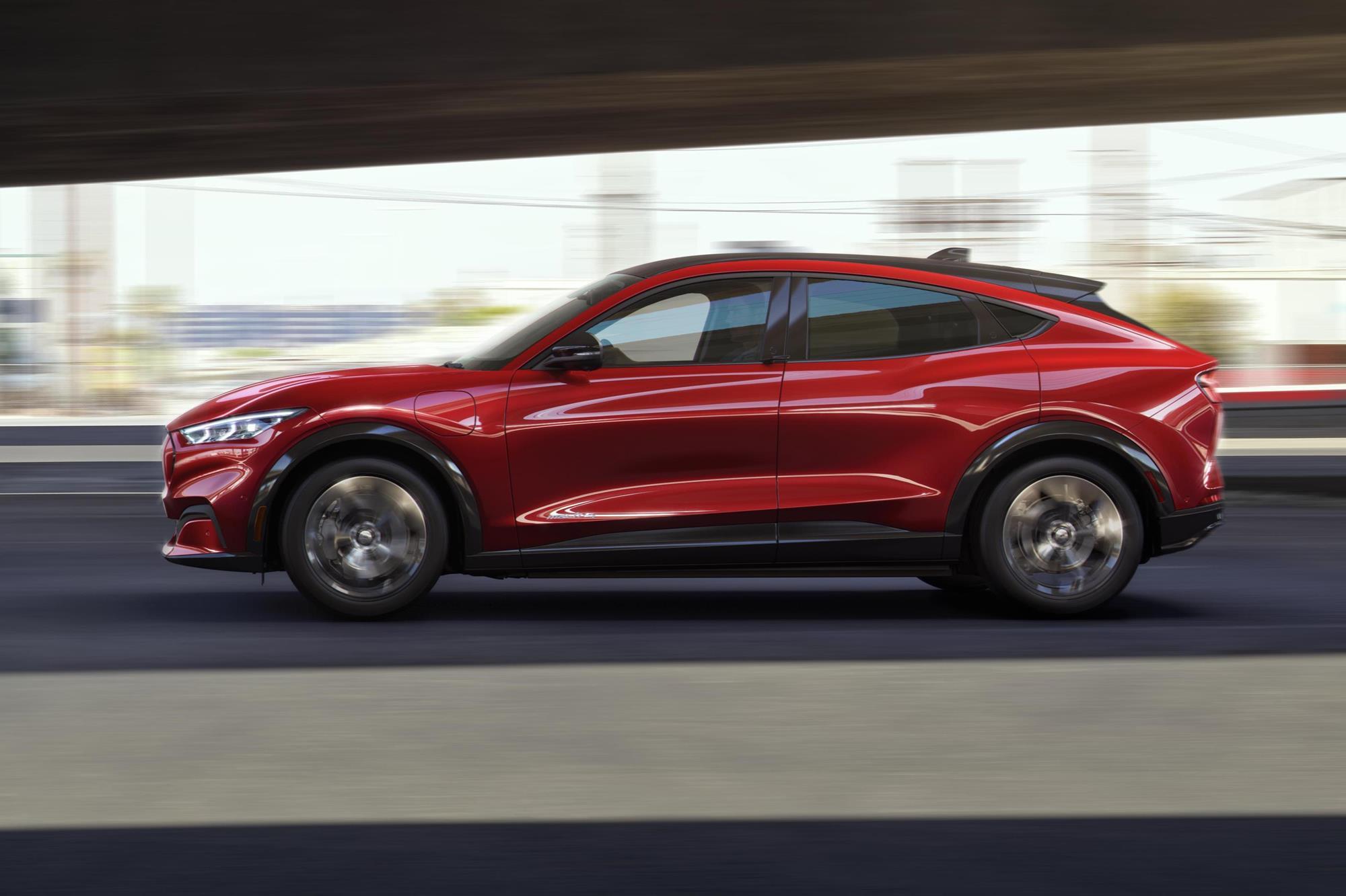Ford Mustang Mach-E: vivemos para ver um muscle virar SUV elétrico