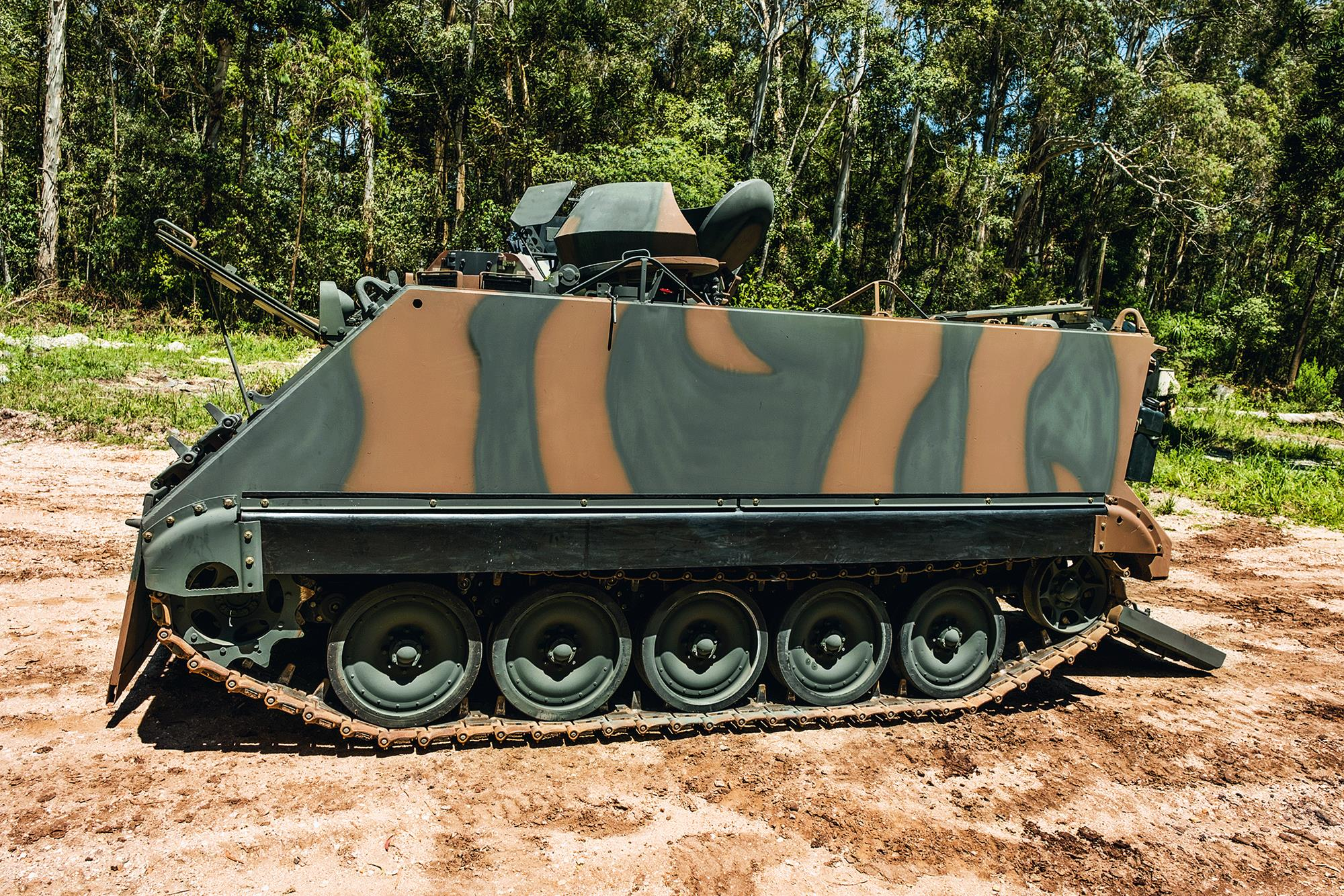 m113-br