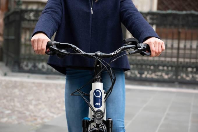 bicicleta-abs-blubrake