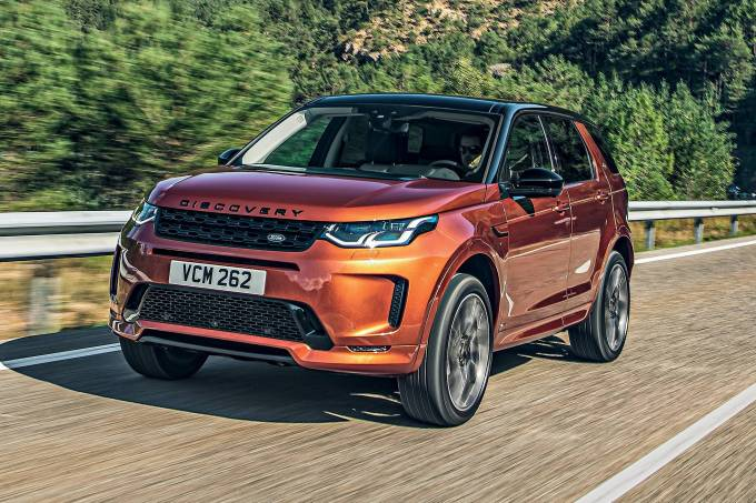 land_rover_discovery_sport_d240_s_r-dynamic.jpeg