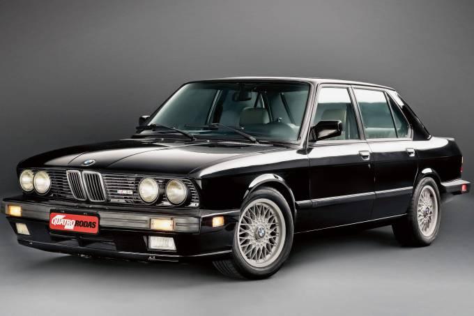 CLASSICOS BMW M5 1