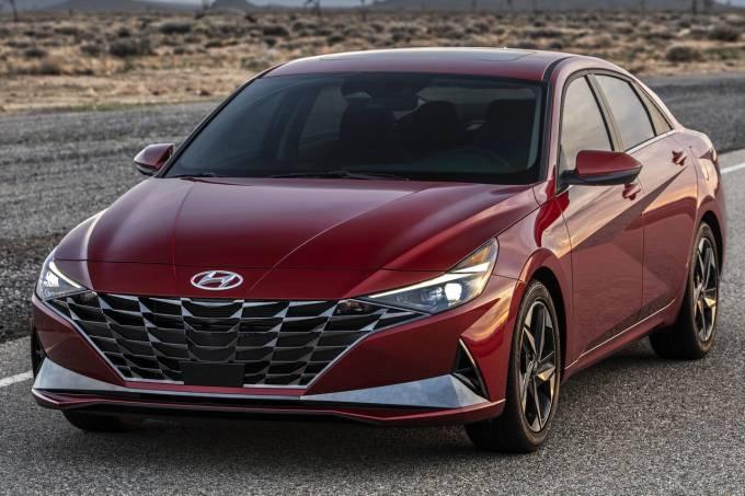 Hyundai-Elantra-2021-1280-01