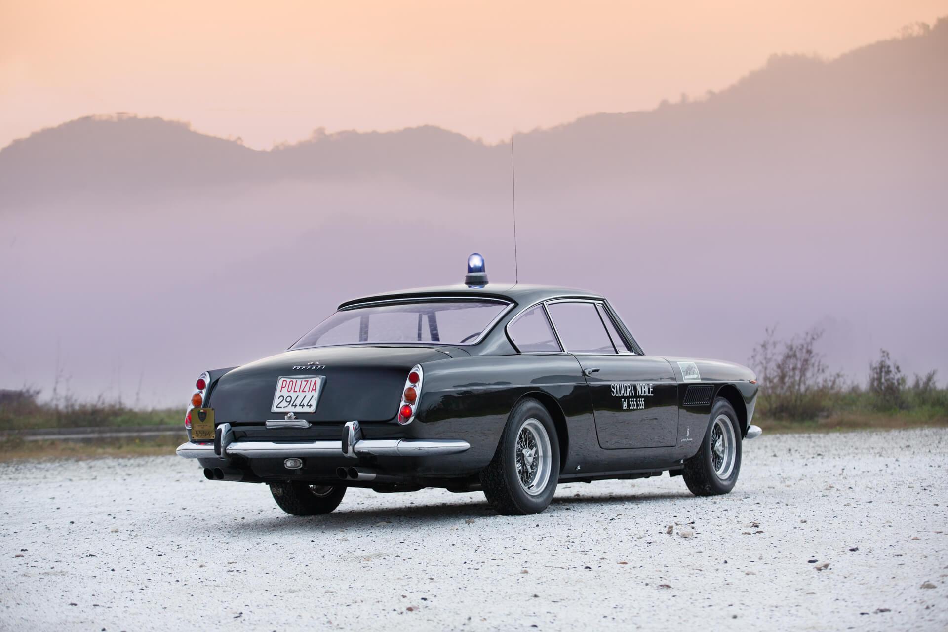 250 GTE foi a primeira Ferrari 2+2