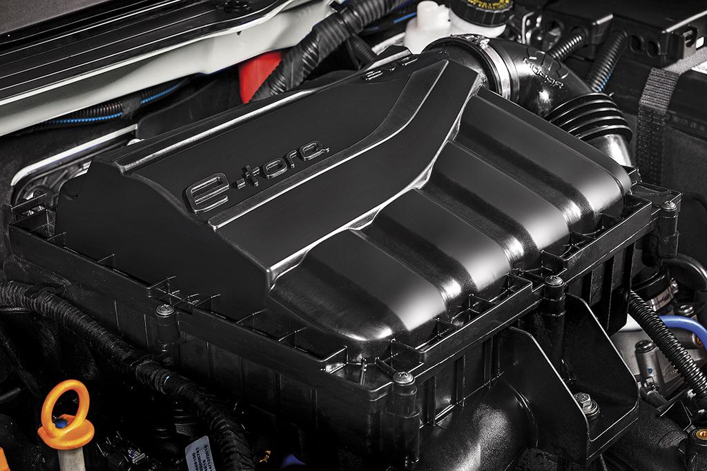 Motor 1.8 16V flex e câmbio automático de seis marchas vieram emprestados do Jeep Renegade