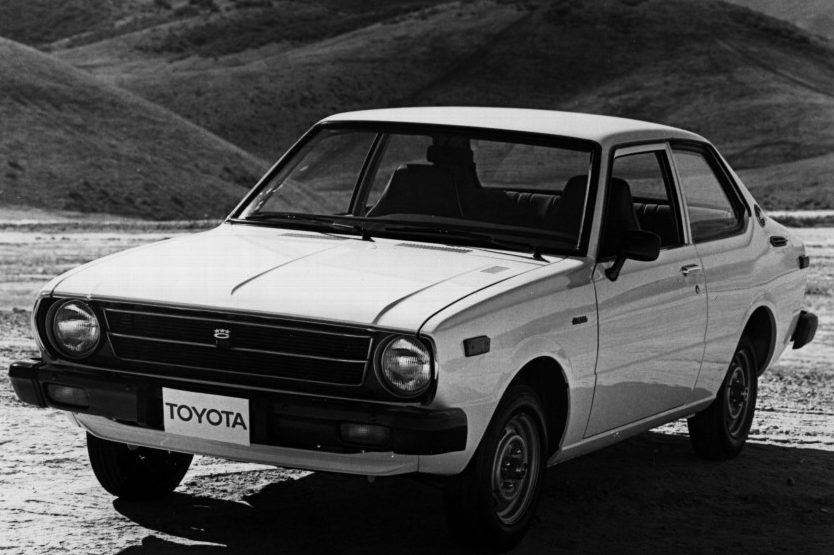 Toyota-Corolla-1-e1590170449283.jpg