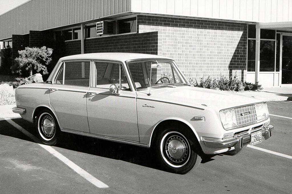 Toyota-Corona.jpg