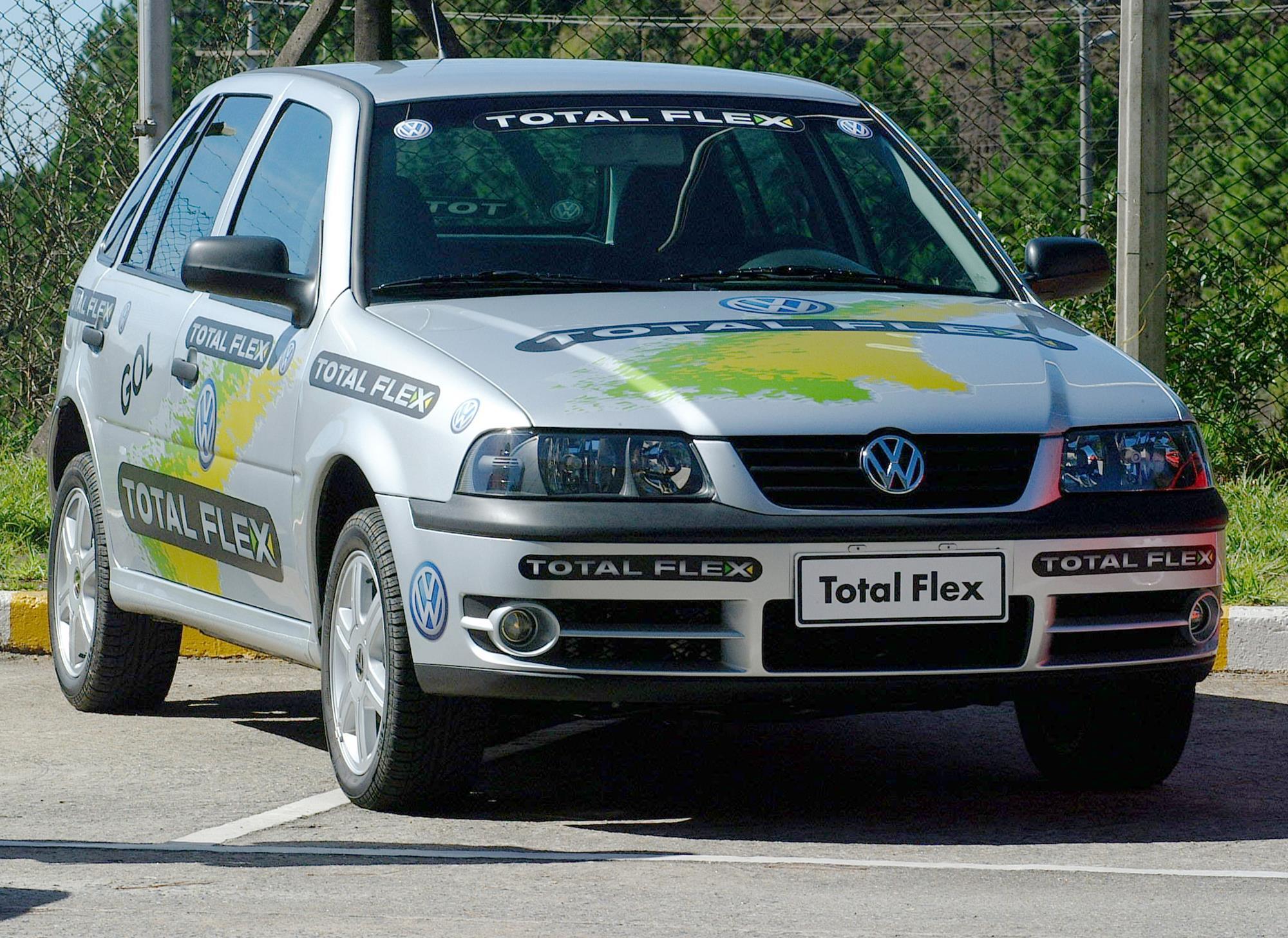 Gol Total Flex, o primeiro carro bicombustível feito no Brasil