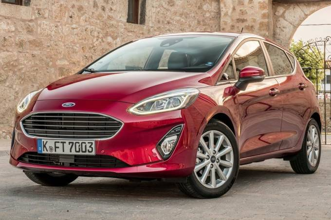 Ford-Fiesta-2017-1280-01