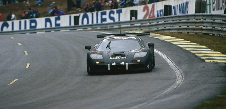 1995 Le Mans 24 hours.Le Mans, France. 17th - 18th June 1995.J.J. Lehto / Yannick Dalmas / Masanori Sekiya (McLaren F1 GTR), 1st position, action.World Copyright: LAT PhotographicRef: 95 LM a