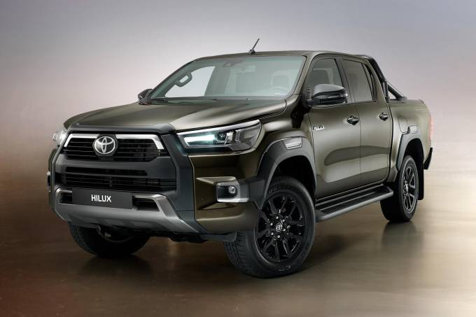 Toyota Hilux Invincible 2021 (9)