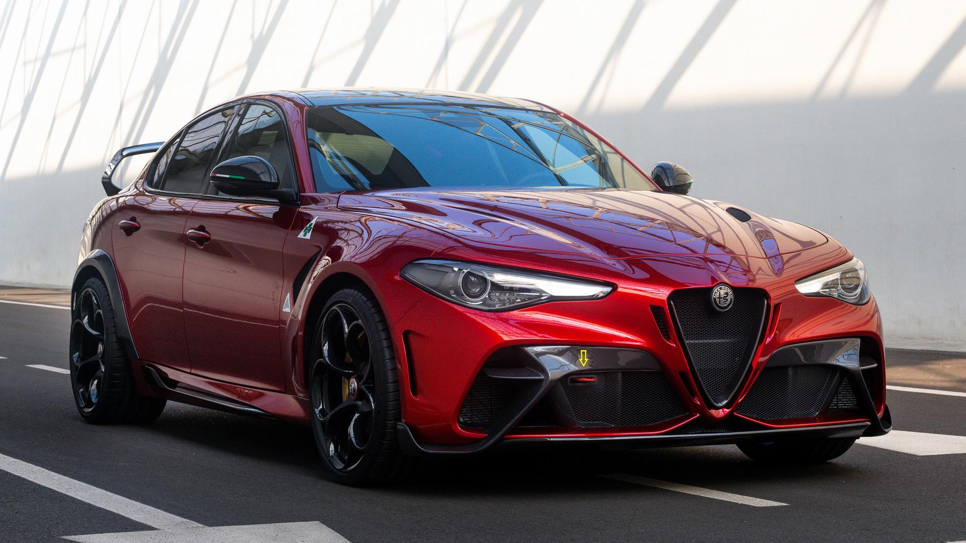 Alfa Romeo completa 110 anos com Giulia de 540 cv e reabertura de museu